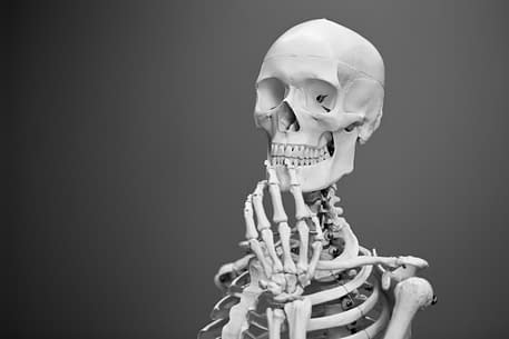 Skeleton Thinking