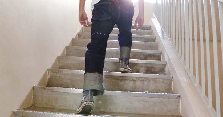 stairs running to burn calories