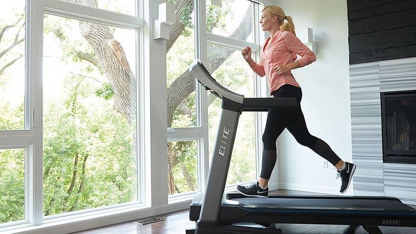 is running on treadmill bad for knees